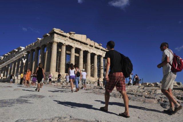 -touristes-acropole-athenes