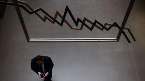 les-bourses-europeennes-ont-debute-lundi-la-semaine-en-legere-baisse-dans-l-attente-d-une-reunion-de-la-reserve-federale-americaine_5587243